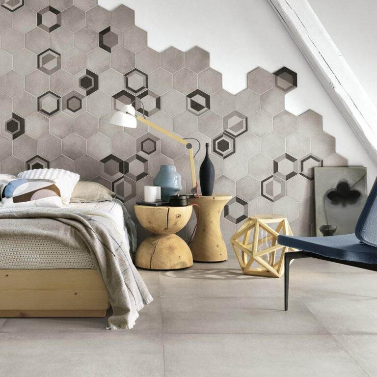 Gresia portelanata, imbogateste suprafetele dormitorului in culoare si textura.