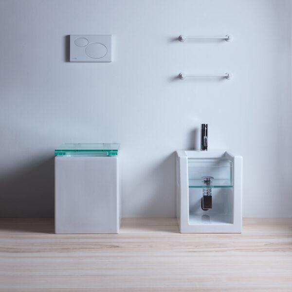 glass home sanitari