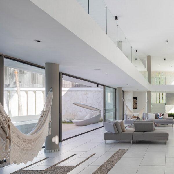 PIXEL-MOBILIERINTERIORSIEXTERIOR-STUDIOCERAMICA-proyecto-residencial-casa-vivienda-vondom-6.jpg