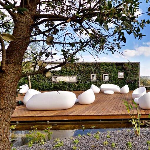 STONESSTUDIOCERAMICA-outdoor-design-furniture-table-sofa-armchair-stones-cramim-hotel-vondom-4.jpg