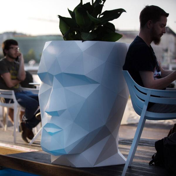 STUDIOCERAMICA-contract-design-furniture-tables-chairs-spritz-marisol-archirivolto-eugeniquitllet-vondom-magio-beach-bratislava-4.jpg