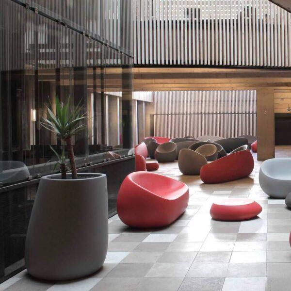 STUDIOCERAMICA-design-outdoor-furniture-sofa-loungechair-table-planters-stones-stefanogiovannoni-vondom-2.jpg