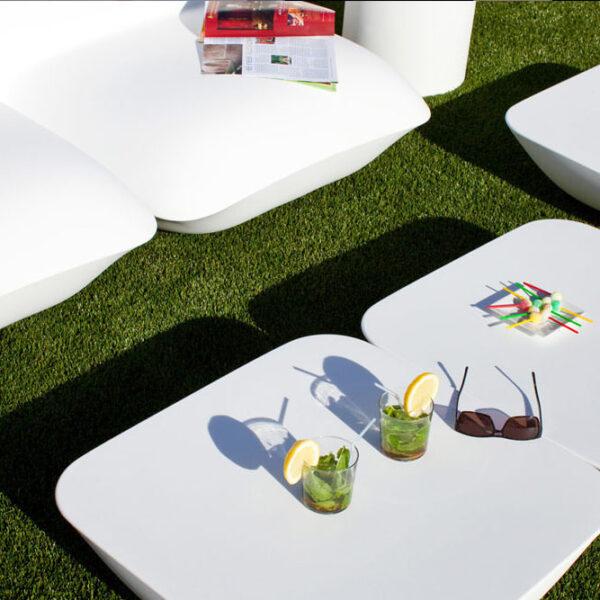 STUDIOCERAMICA-design-outdoor-furniture-table-loungechair-catedral-pillow-vondom.jpg