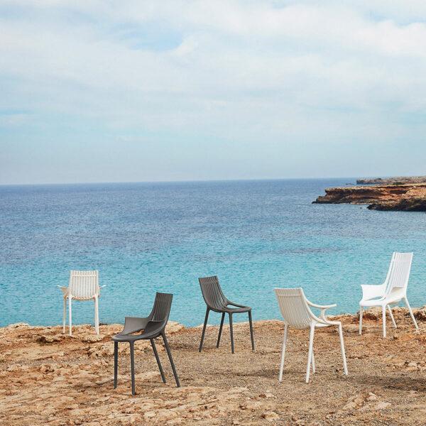 STUDIOCERAMICA-hospitality-design-furniture-chairs-plastic-from-the-sea-ibiza-eugeni-quitllet-vondom-12.jpg