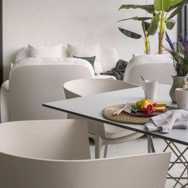 STUDIOCERAMICA-luxury-outdoor-design-furniture-contrat-hospitality-chairs-tables-pezzettina-africa-casa-ottel-vondom-1-scaled-1.jpg