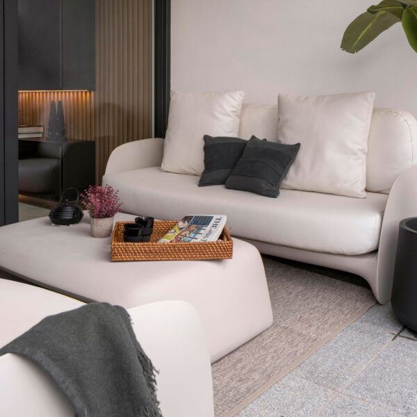 STUDIOCERAMICA-luxury-outdoor-design-furniture-contrat-hospitality-chairs-tables-pezzettina-africa-casa-ottel-vondom-3.jpg