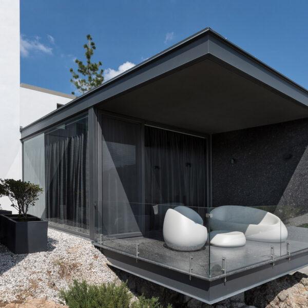 STUDIOCERAMICA-luxury-outdoor-furniture-sofas-stones-stefano-giovanonni-vondom-casa-la-roca-rrz-arquitectos-mexico-15.jpg