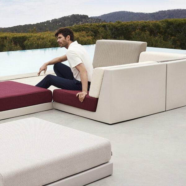 STUDIOCERAMICA-outdoor_sofa_furniture_vondom_sofa_exterior_pixel_ramon_esteve-4.jpg