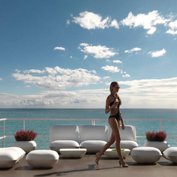 STUDIOCERAMICA-outdoorfunriture-luxuryfurniture-terracefurniture-table-armchair-pillow-stefanogiovanonni-vondom.jpg