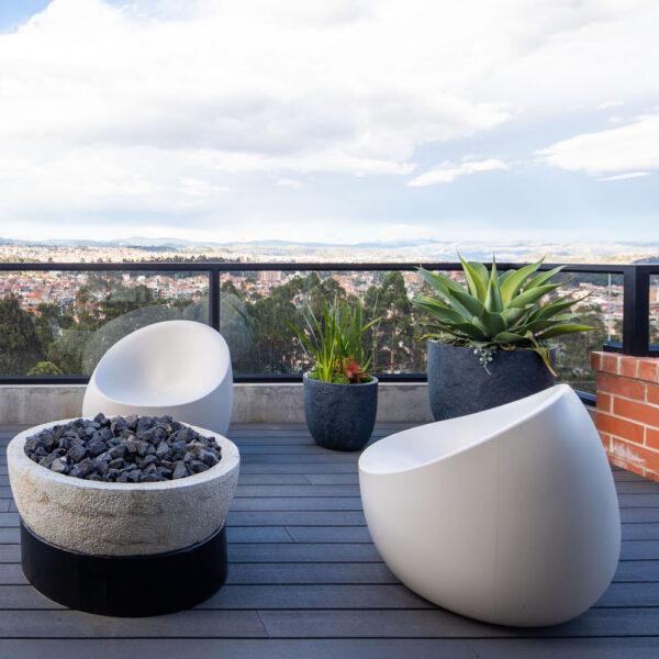 STUSDIOCERAMICA-mobiliario-exterior-muebles-para-terreza-sof-a-butacas-stones-vondom-proyecto-residencial-cuenca-ecuador-INAI-Arquitectura-home-identity-2.jpg