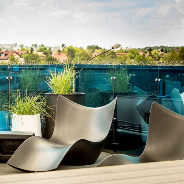 SURF-STUDIOCERAMICA-SEZLONJPLAJA-muebles-exterior-diseno-mobiliario-moderno-vanguardista-terraza-smart-house-vondom-7.jpg