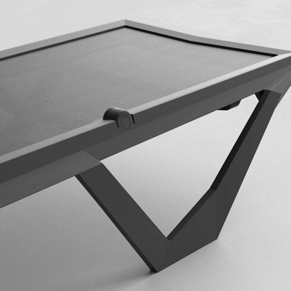 studioceramica-SUN-BED-SUN-LOUNGER-DESIGN-KARIM-RASHID-MODERN-STACKABLE-CANVAS-BLACK-WHITE-VONDOM-6.jpg