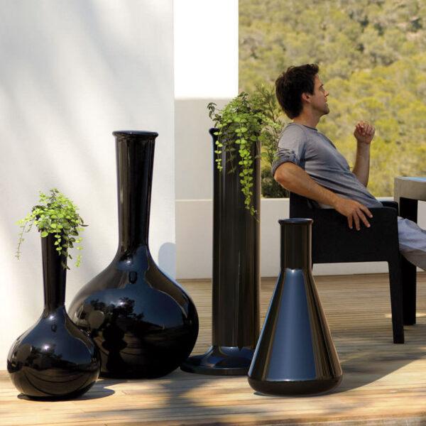 studioceramica-a-outdoor-pot-planter-design-teresa-sapey-vondom-chemistube.jpg