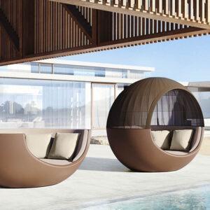 studioceramica-daybed-luxury-outdoor-furniture-moon-ramon-esteve-vondom-2-1.jpg