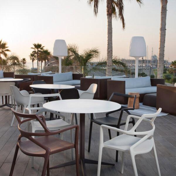 studioceramica-design-outdoor-furniture-chair-table-stool-sofa-delta-faz-sabinas-vases-ulm-ramon-esteve-jmferrero-jorge-pensi-vondom-4.jpg