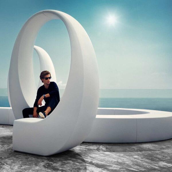 studioceramica-outdoorfurniture-luxuryfurniture-and-fabionovembre-vondom.jpg