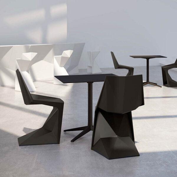 studioceramica-stackable-chairs-tables-design-hospitality-furniture-voxel-karim-rashid-vondom-8.jpg