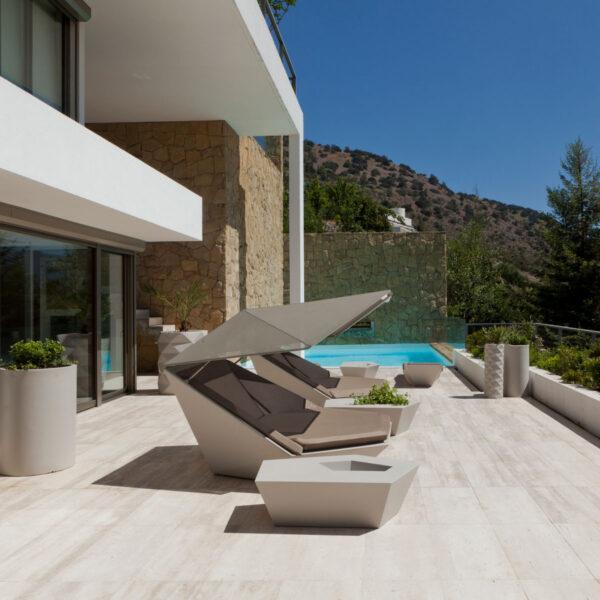 studioceramica-terraza-a-cordillera-de-los-andes-chile-jorge-fuentes-vondom-1-1.jpg