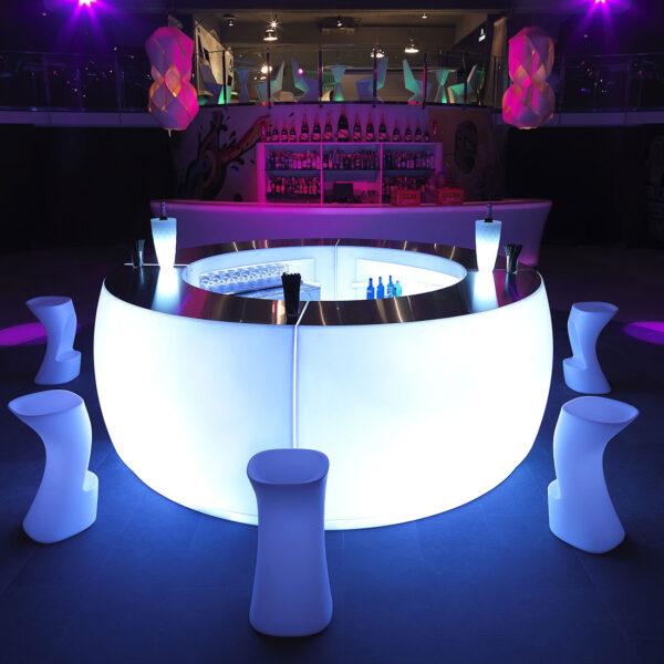 bar-interior-exterior-studioceramica-outdoorfunriture-luxuryfurniture-terracefurniture-counter-bar-fiesta-archirivoltodesign-vondom-1.jpg
