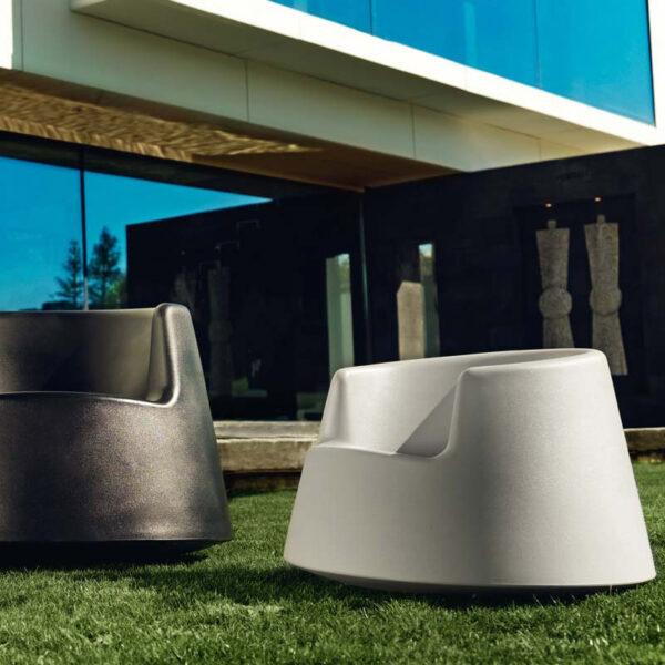 canapeaexterior-design-outdoor-furniture-roulette-eeroaarnio-vondom-1.jpg