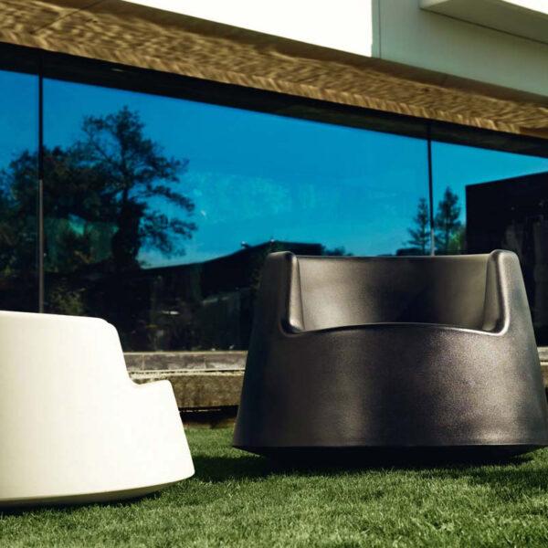 canapeaexterior-studioceramica-design-outdoor-furniture-roulette-eeroaarnio-vondom-1.jpg
