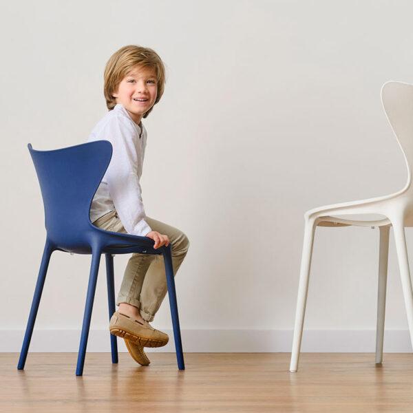 scauncopii-studioceramica-chairs-childrens-furniture-design-hospitality-contract-love-eugeni-quitllet-vondom-10.jpg
