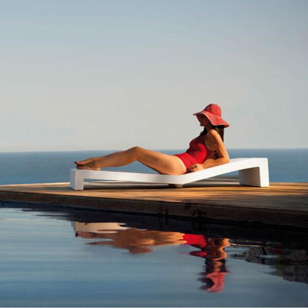 sezlong studioceramica design outdoor furniture sunchaise jut vondom 1