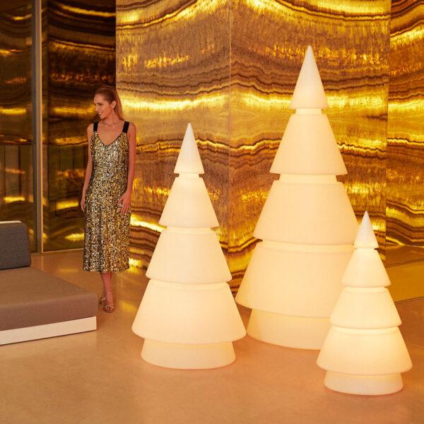 studioceramica-decor-christmas-tree-forest-ramonesteve-vondom.jpg