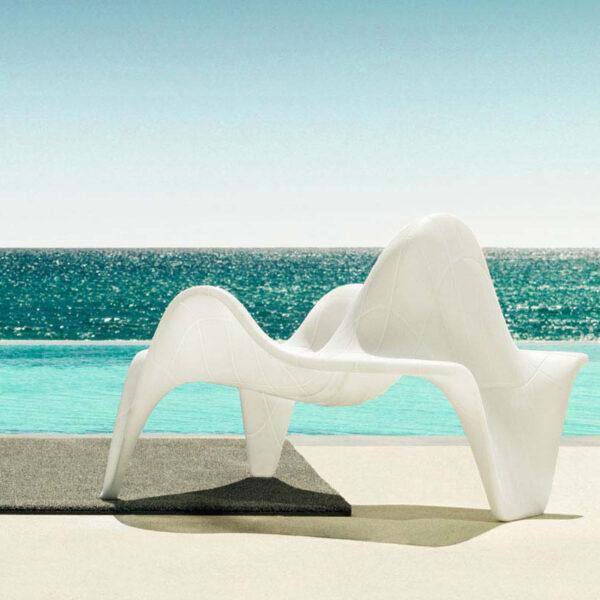 studioceramica-exterior-design-outdoor-furniture-club-chair-f3-fabio-novembre-vondom-2.jpg