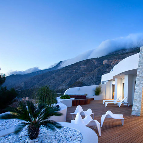 studioceramica-exterior-exclusive-design-furniture-chair-sun-chaise-f3-ocean-suite-altea-vondom-2.jpg
