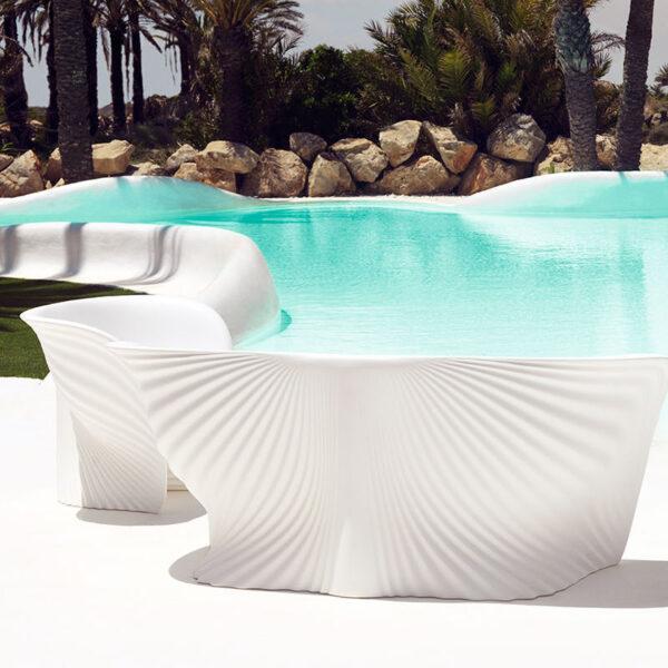 studioceramica-luxury-outdoor-design-furniture-loungechair-sofa-coffetable-biophilia-ross-lovegrove-vondom-1.jpg