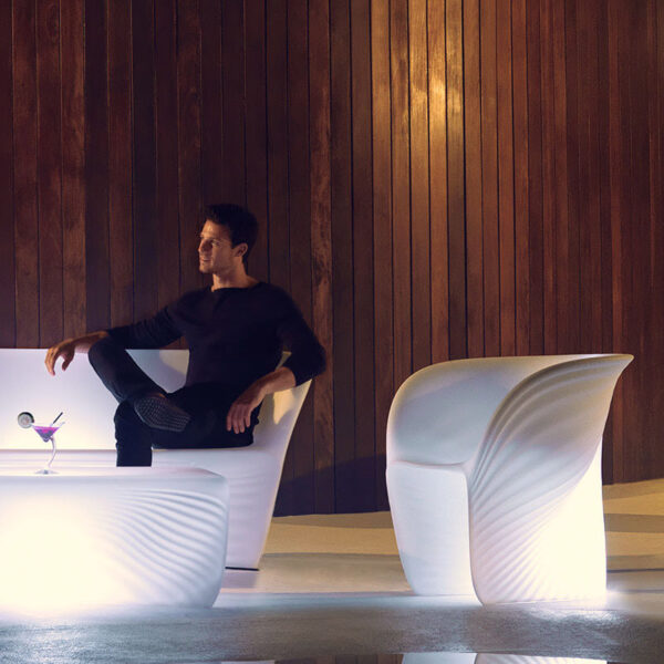 studioceramica-luxury-outdoor-design-furniture-loungechair-sofa-coffetable-biophilia-ross-lovegrove-vondom-4.jpg