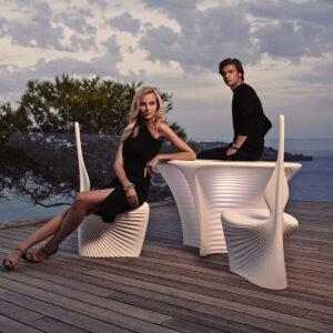 studioceramica-outdoorfurniture-luxuryfurniture-dinigtable-chairs-biophilia-rosslovegrove-vondom.jpg